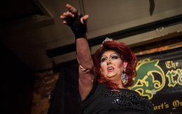 120414_DragShow04_be