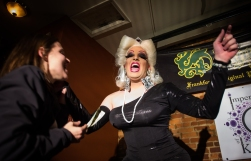 120414_DragShow09_be