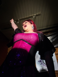 120414_DragShow11_be